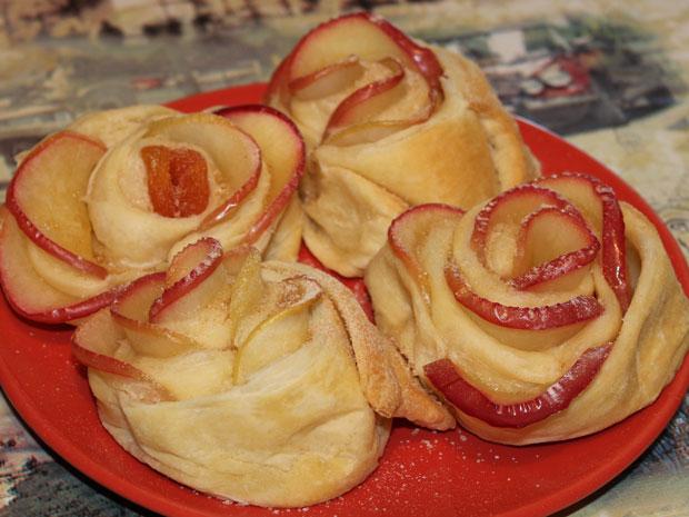 Пирожное яблочное